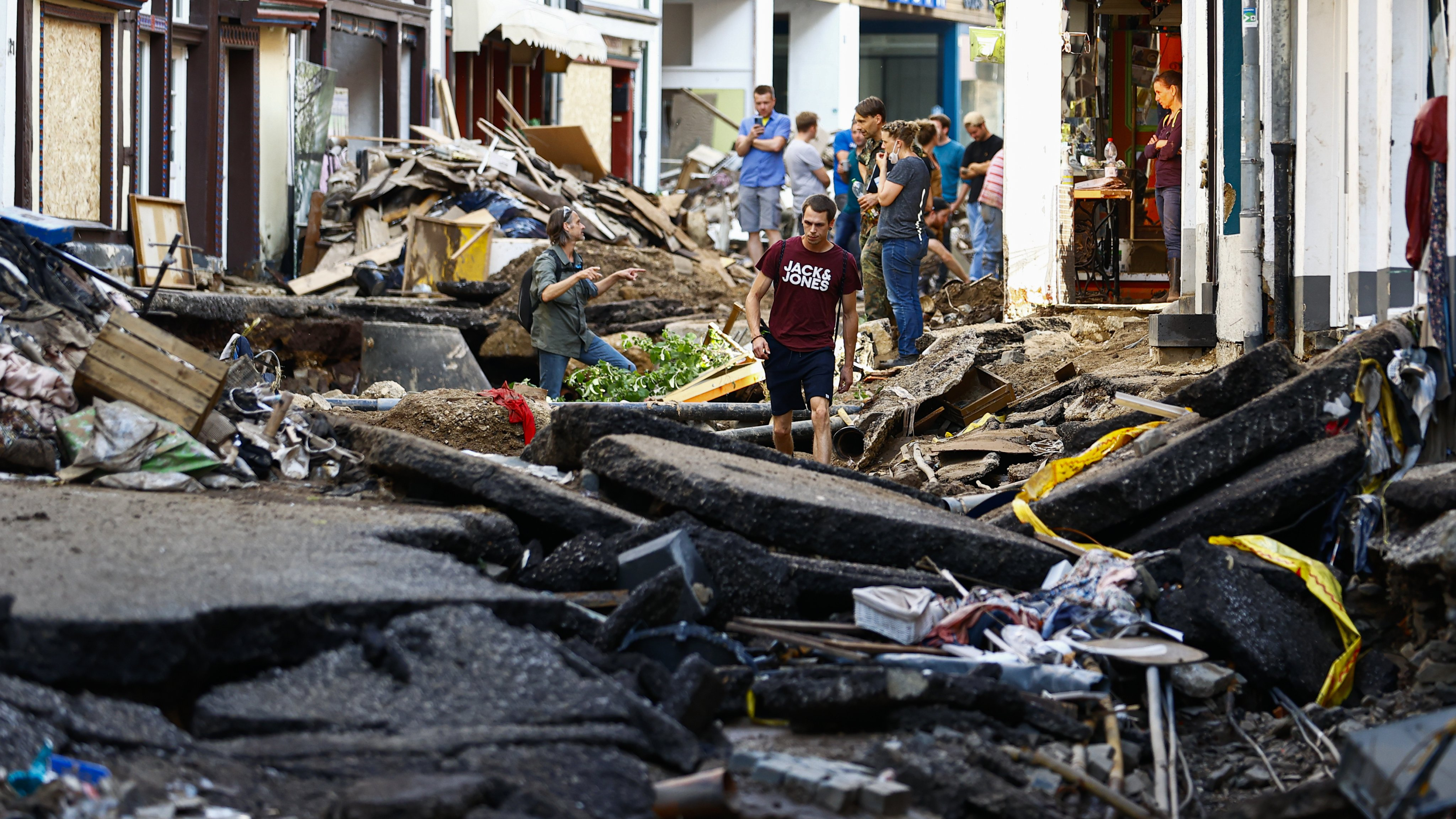 The death toll rises to 156 after the floods in Germany
