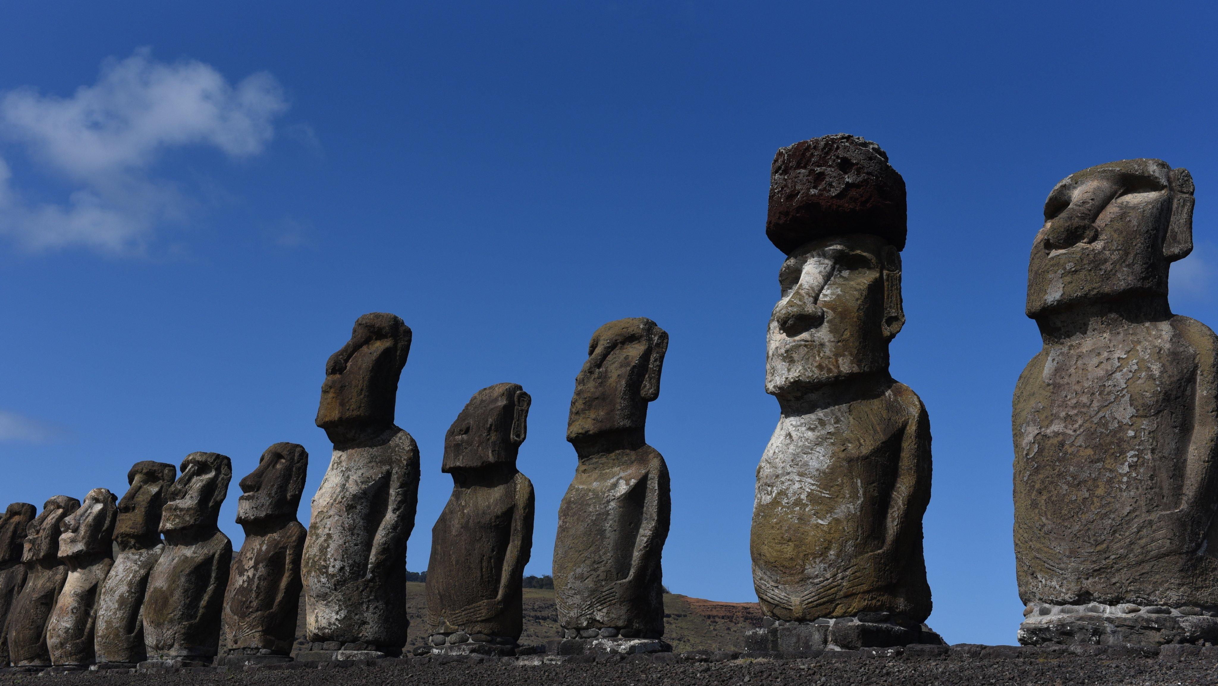 Moais seen at ceremonial platform Ahu Tongariki at Rapa Nui
