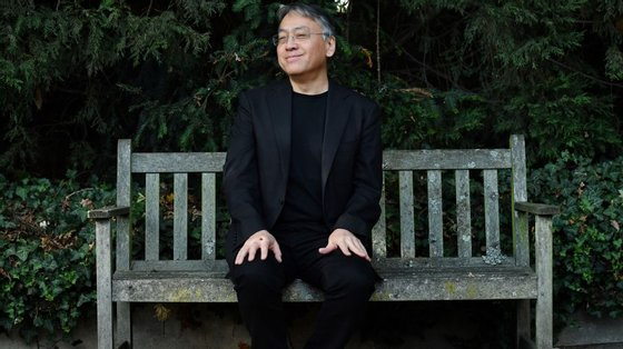 """""""Klara e o Sol"""", do autor japonês (que já venceu o Booker e a quem foi atribuído o Nobel em 2018) é o único publicado em português dos títulos nomeados"""