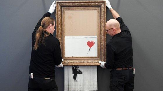 A obra de arte é pendurada no Museu Frieder Burda em Bade-Vurtemberga, Alemanha, em 2019
