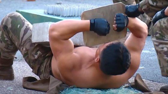As artes marciais são uma das maneiras preferidas pelo regime norte-coreano para divulgar o poderio Exército