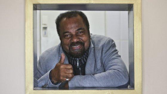 Bonga é o nome artístico de José Adelino Barceló de Carvalho, nascido em Kipiri, na província angolana do Bengo, em 1942.