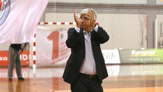 O treinador de 62 anos orientou o Benfica e o Belenenses