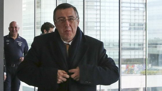 O juiz Carlos Alexandre recusou devolver o valor das cauções, apoiando a posição do Ministério Público