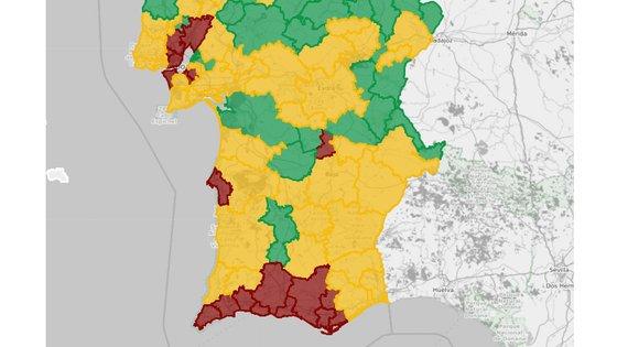 10 dos 16 concelhos do Algarve estão no nível de risco