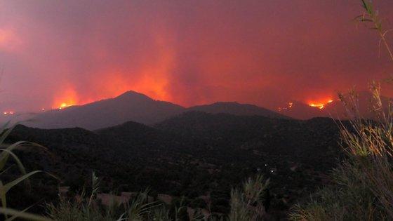 Este risco de incêndio determinado pelo IPMA tem cinco níveis, que vão de reduzido a máximo