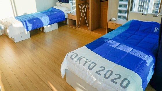 Há 18 mil camas de cartão instaladas na Aldeia Olímpica