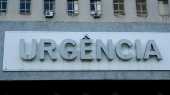 """Num mail enviado à Lusa, o CHO clarificou que """"as urgências não estiveram encerradas, mas apenas bloqueadas para o CODU/INEM (Instituto Nacional de Emergência Médica)"""", garantindo o atendimento de """"todos os doentes que se desloquem diretamente à urgência"""""""
