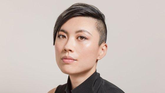 C Pam Zhang nasceu em Pequim em 1990, mas foi criada principalmente nos Estados Unidos