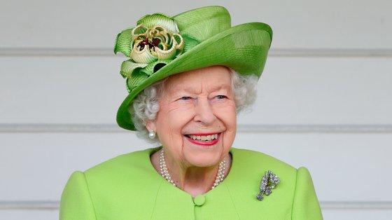 """A isenção da rainha foi obtida há cinco meses, sendo que os advogados da monarca fizeram uso de um """"obscuro"""" procedimento parlamentar conhecido como """"consentimento da rainha"""""""