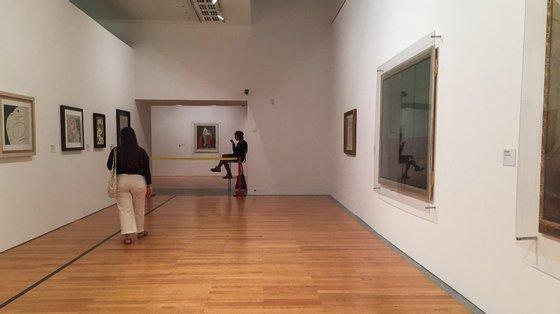 """""""Mutações. The last poet"""", de Joana Escoval, uma instalação de esculturas e vídeos, esteve patente no Museu Coleção Berardo, em Lisboa, no ano passado"""