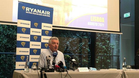 Companhia aérea low-cost anunciou a criação de 26 novas rotas a partir de final de outubro desde Lisboa, Porto e Faro (Tomás Chagas/Observador)
