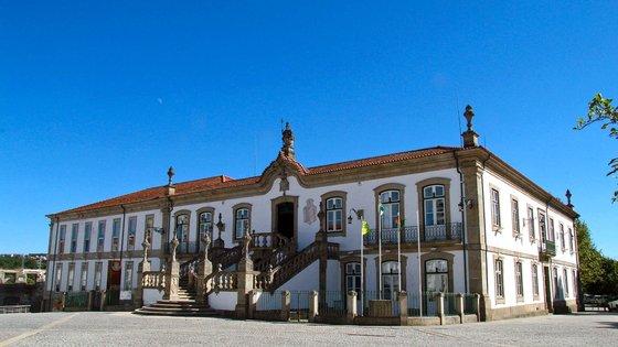 """Na conversa com alguns comerciantes, o candidato do BE ouviu queixas """"da inação"""" do município e também da Associação Comercial e Industrial de Vila Real"""