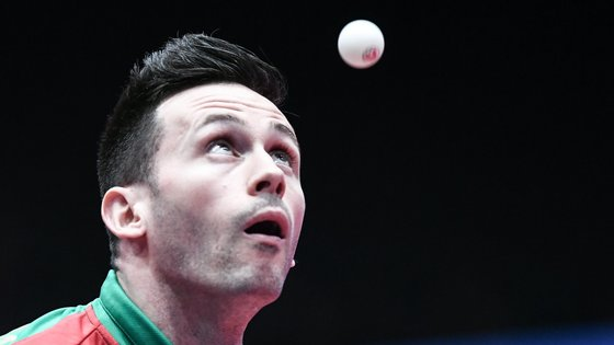 epa06702321 Joao Monteiro of Portugal in action against Hugo Calderano of Brazil during the game between Portugal and Brazil in the group stage of the Table Tennis Team World Championships in Halmstad, Sweden, 30 April 2018.  EPA/CHRISTIAN BRUNA