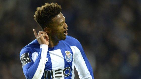 Dois anos e meio volvidos da chegada ao Porto, Loum disputou somente 23 jogos e marcou um golo pela equipa principal dos azuis e brancos