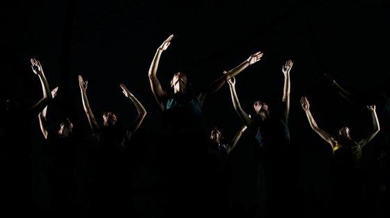 """Em palco estarão três peças: """"Concerto Barocco"""", """"Shostakovitch Pas de Deux"""" e """"Snow"""""""