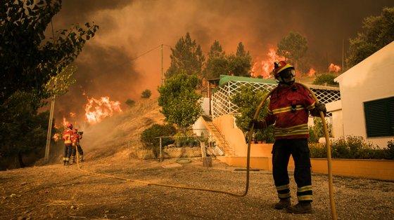 Imagem de arquivo de incêndio de 2018 em Monchique.