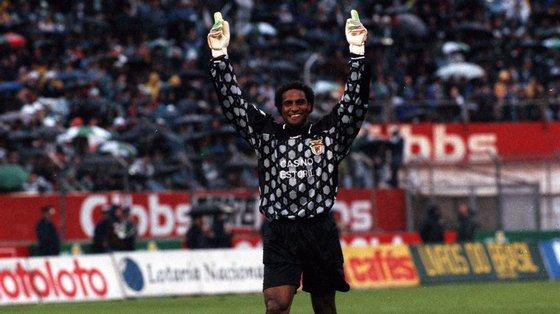 Nascido na Cidade da Praia, em Cabo Verde, Neno ganhou três campeonatos e três Taças de Portugal pelo Benfica, além de uma Supertaça pelo Vitória de Guimarães