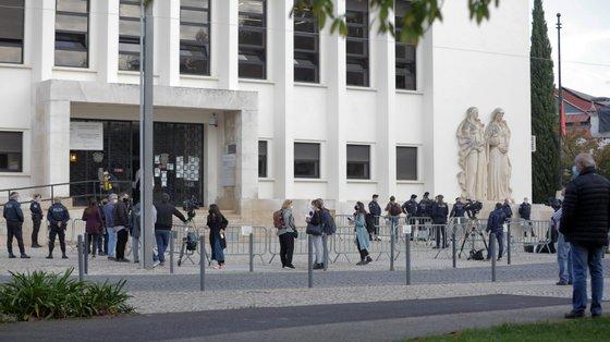 Os oficiais de Justiça esperam um recuo até ao compromisso alcançado com a ministra da Justiça, Francisca Van Dunem