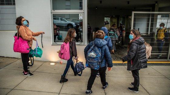 32 milhões de crianças viram as suas escolas serem encerradas