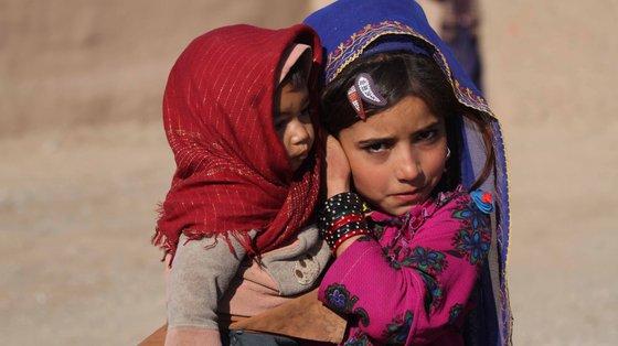 """""""A já terrível situação do país está a agravar-se, com aumento da violência contra civis"""", alertam as ONG que querem parar com a expulsão de migrantes afegãos da UE."""