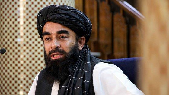 A lista final foi apresentada esta terça-feira pelo porta-voz do Governo, Zabihullah Mujahid