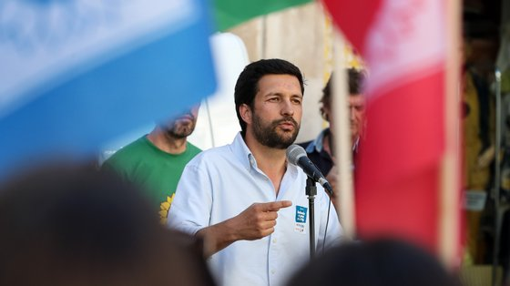 """João Ferreira afirmou que """"não é a luta de um homem só"""" e que todos os candidatos querem contribuir para que a CDU volte a ter responsabilidades na autarquia"""