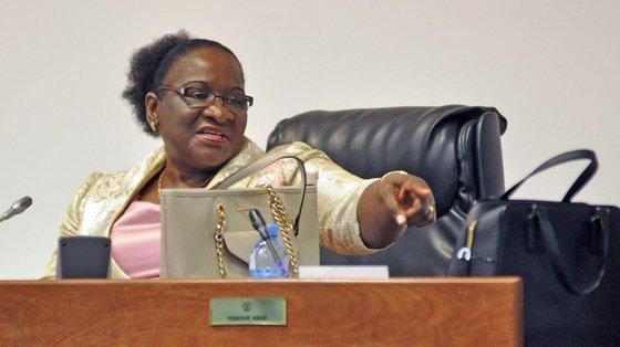 A ministra dos Negócios Estrangeiros e Cooperação de Moçambique, Verónica Macamo, revela-se preocupada com o bem-estar de 48% das raparigas moçambicanas