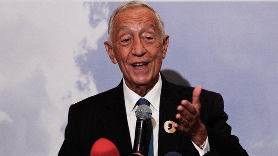 """""""Eu acho que a economia está a provar muito melhor do que nós temíamos que provasse"""" disse Marcelo Rebelo de Sousa"""