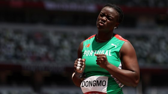 Auriol Dongmo acreditou que podia superar Valerie Adams nas duas últimas tentativas mas não fez acima de 19,57