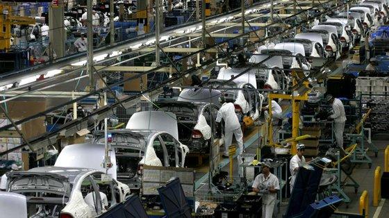 Relativamente à montagem de veículos automóveis em Portugal, pelo oitavo mês consecutivo, apenas foram montados veículos pesados de passageiros