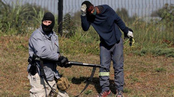 Na província do Kwazulu-Natal, onde eclodiram as ações de violência, foram registados 1.488 incidentes durante a noite, havendo mais 69 mortes
