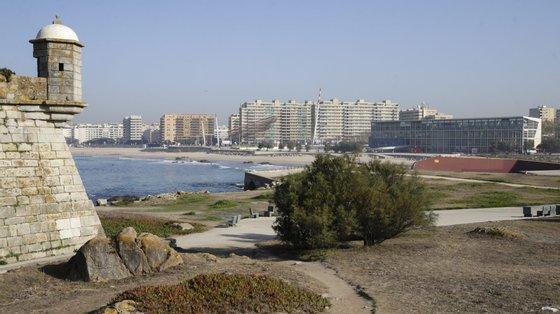 Além disso, defende que ali seja construído um centro tecnológico para a energia do mar e uma área reservada à Universidade do Porto