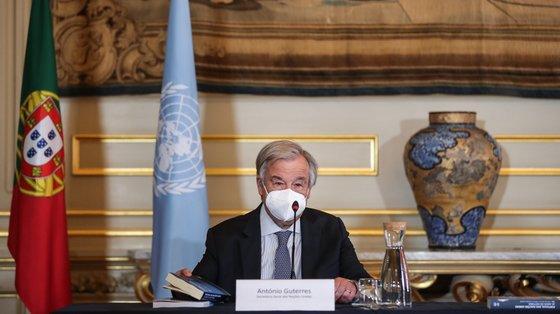 """Guterres pediu também o fim das práticas que """"politizam a ação humanitária"""""""