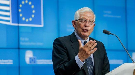 """A UE considerou que os protestos refletem """"o insulto à população"""" que representam a falta de comida, medicamentos, água e eletricidade e liberdade de expressão"""
