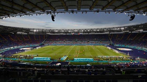 Jogo entre Itália e Suíça não sofreu qualquer atraso apesar da relativa proximidade do engenho em relação ao recinto