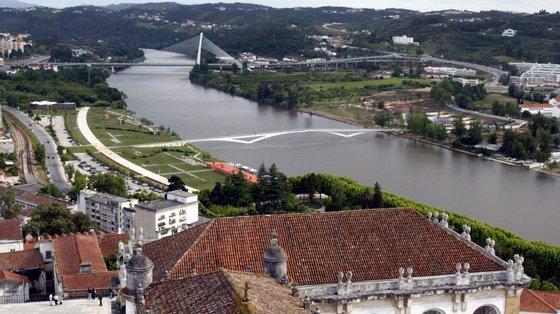 """Com a população mais ativa, Coimbra torna-se numa cidade """"que se eleva em patamar mais elevado e ganha outra qualidade de vida democrática"""""""