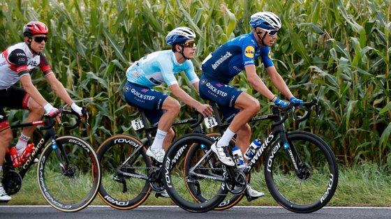 João Almeida manteve-se seguro ao longo de toda a etapa e ficou com os mesmos quatro segundos de distância do líder Marc Hirschi