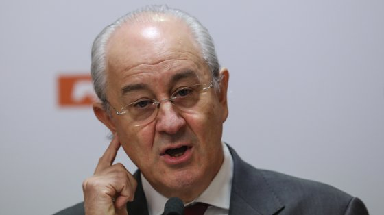 Rio acredita que pode ser primeiro-ministro mesmo numa corrida contra António Costa.