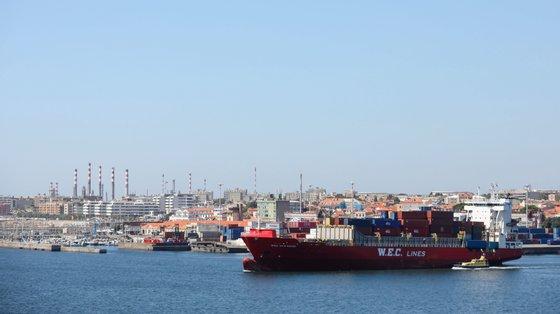 Para a subida contribuiu, sobretudo, o porto de Sines, que no mês de maio, ao registar um acréscimo homólogo de 80%