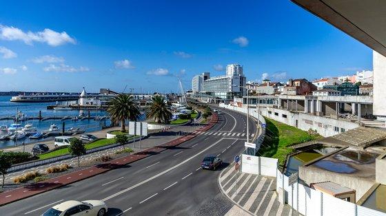 """Luís Rego, diretor do grupo ilha Verde, disse ser """"habitual"""" por esta altura do ano haver uma maior procura pelo aluguer de viaturas"""""""