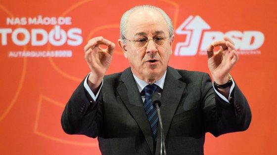 """Rio lamentou Costa tenha dado a entender que """"se está a prometer mais para o lado do PS, é apenas porque os autarcas do PS são melhores"""""""