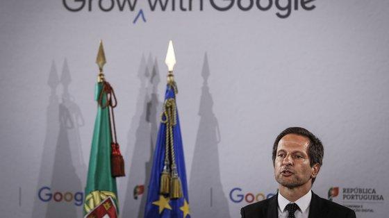 André de Aragão Azevedo, secretário de Estado para a Transição Digital, defendeu ainda que as entidades nacionais de cada um dos Estados-membros funcionem em rede