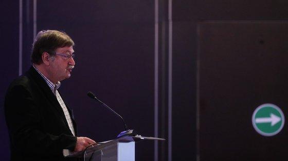"""""""Os portugueses estão cansados disto"""", afirmou, referindo-se à carga fiscal, que tem afetado particularmente a classe média"""