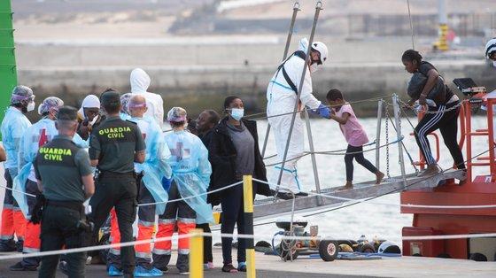 Os ocupantes dos dois barcos foram resgatados pela Guardamar Concepción Arenal