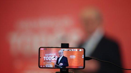 """À Lusa, o presidente da concelhia, Álvaro Madureira, disse que """"é preciso refrescar as equipas e em política não há lugares cativos"""""""