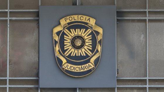 O detido vai ser presente a interrogatório judicial para aplicação de medidas de coação