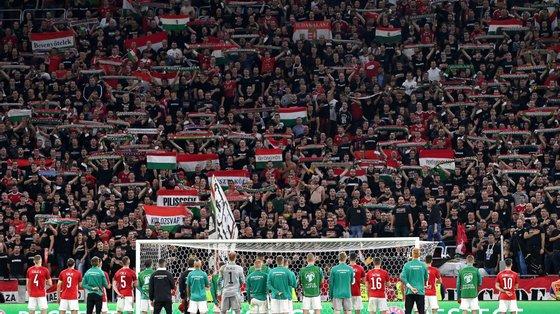 Essa suspensão terá efeito em junho, durante os encontros da Liga das Nações, mas o próximo jogo da Hungria, com a Albânia em 9 de outubro, acontecerá sem ninguém nas bancadas