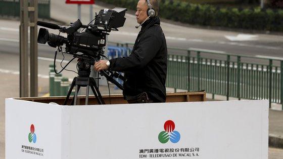 As diretrizes anunciadas pela emissora pública viola a liberdade de imprensa, princípio com valor constitucional na lei básica de Macau