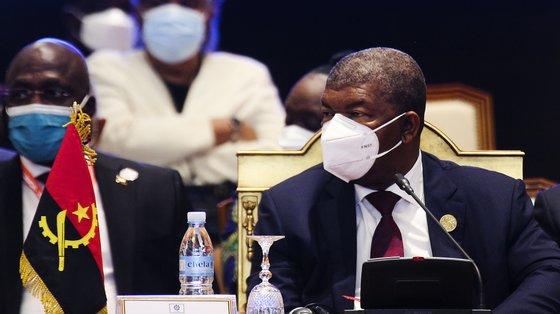 """O chefe de Estado angolano salientou que o seu país tem vindo a realizar """"reformas económicas e financeiras"""""""